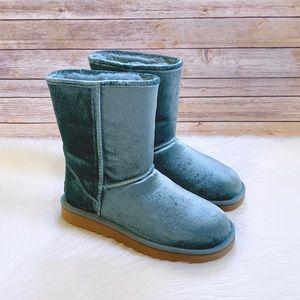 UGG Atlantic Classic Short II Velvet Boots
